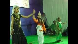 sakchi,shruti,shipra khandelwal-ghar me padhro gajanand ji.MOV