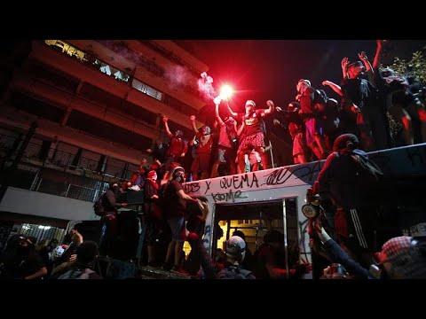 Şili'de barışçıl protestolar çatışmaya dönüştü