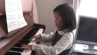 6歳 ピアノ歴1年11ヶ月 秋にぴったりの曲です。感情を込めて弾いてみ...