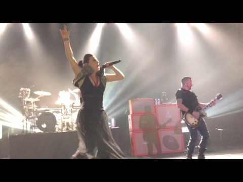 Evanescence - Everybody's Fool (Live in Brasília 04-20-17)
