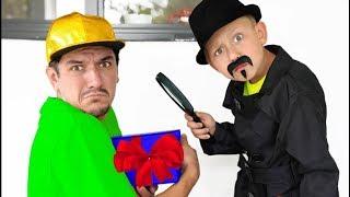 ما هو أبي يختبئ في صندوق غريب؟