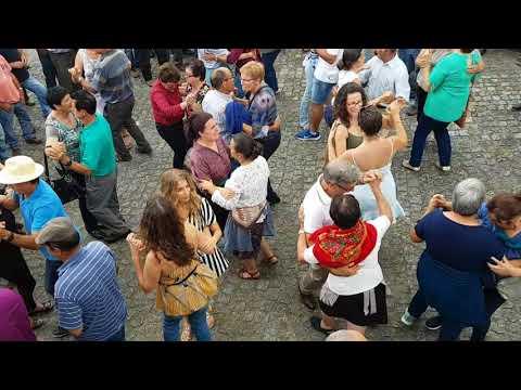 Linda  música  tocada e  dançada  na Feira de Padornelo Paredes de Coura