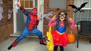 Sally Play Trick or Treat Halloween Surprise Toys for kids