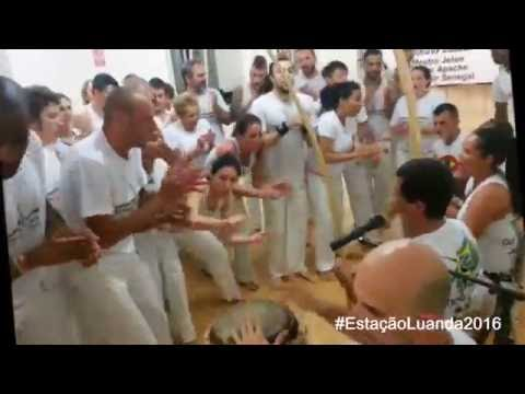 Capoeira Luanda Italia - Mestre Apache na contoria...