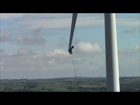 Most dangerous job in the world? Windmill repair man