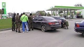 На Івано-Франківщині блокують заправки