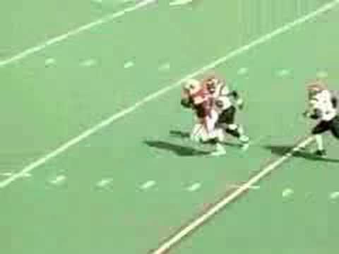 Ron Dayne outruns quick little DB
