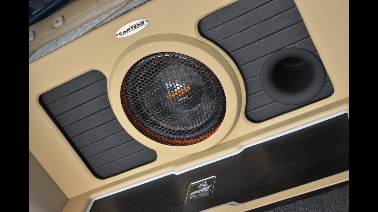 CRESCENDO AUDIO SOUND QUALITY DEMO CAR! - YouTube