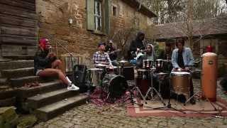 LARY X RUFFCATS - System (live im Hinterhof)