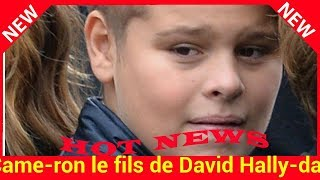 Came­ron le fils de David Hally­day, le sosie de Johnny enfant