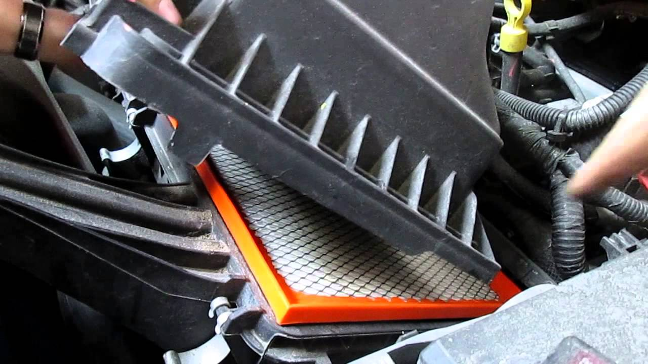 2016 Dodge Journey >> How To Change The Intake Air Filter Dodge Journey 2014 ...