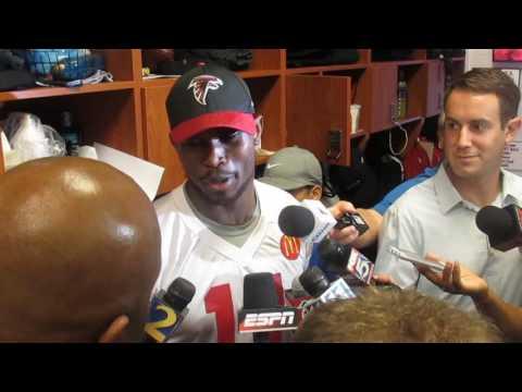 Gridiron Blitz: Atlanta Falcons' Julio Jones presser 11.1.16