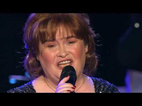Susan Boyle singing at the Big Sing in Edinburgh Nov. 2018