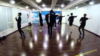 Video EXO - LOVE ME RIGHT Dance Practice (Korean ver) download MP3, 3GP, MP4, WEBM, AVI, FLV Januari 2018