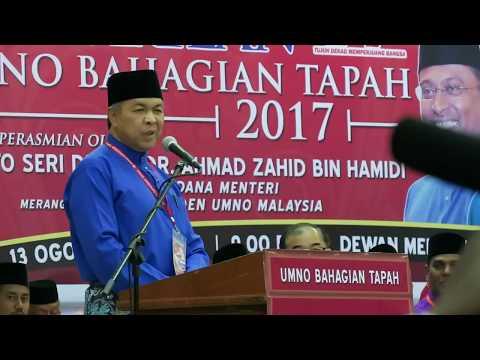 Zahid Hamidi Akui Ibu Bapanya Lahir di Malaysia