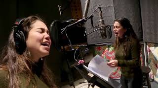 Moana. How Far I'll Go - Auli'i Cravalho (Behind The Mic)