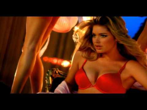 Doutzen Kroes 2009 Victoria Secret commercial - YouTube