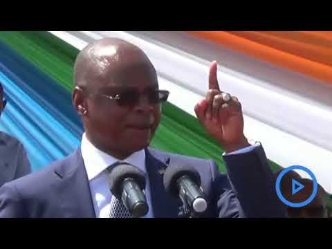 Kilifi governor Amason Kingi addressing Kilifi residents after his swearing in ceremony