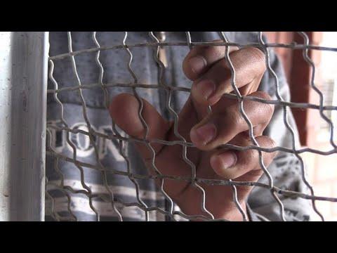"""دروس في الأخلاق لتأهيل """"أشبال الخلافة"""" في مركز كردي في شمال سوريا"""