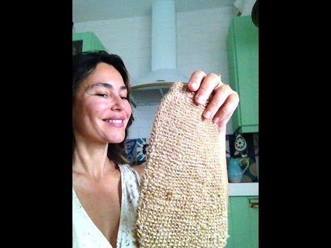 Cómo exfoliarse la piel en seco y en húmedo