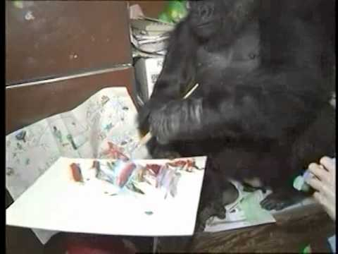 Koko Critiques Her Painting