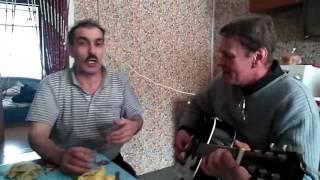 Азербайджанец поет на якутском языке