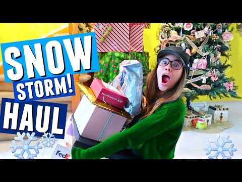SNOW STORM IN CANADA! + Holiday Unboxing, Too Faced, Maybelline, NYX & More! | Vlogmas Day 11