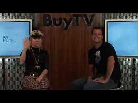BuyTV interviews Donita Sparks.