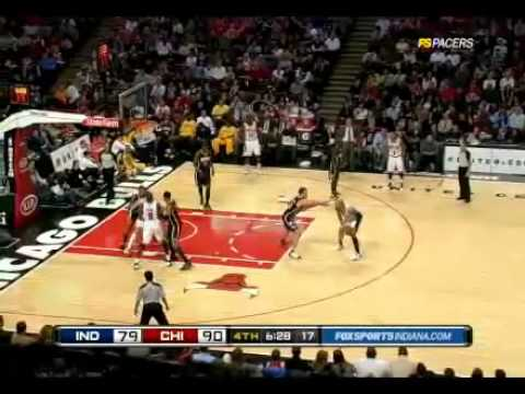 Rose. Boozer Helps Bulls Past Pacers