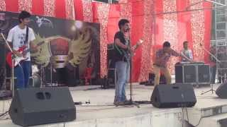 """ZAMEEN"" performing JAA CHUDAIL at IIT-Roorkee"