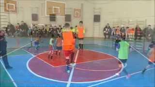 Финальная игра по мини-футболу среди дворовых команд