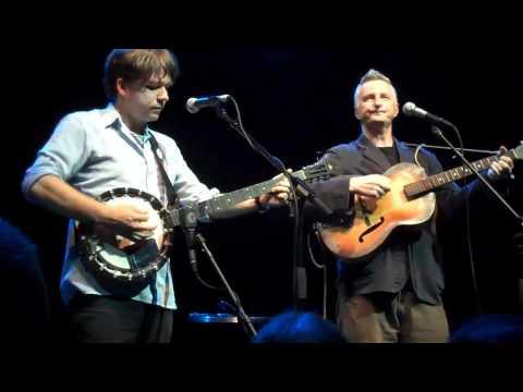 Billy Bragg / Darren Hanlon