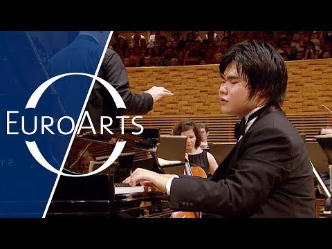 Nobuyuki Tsujii - Elegy for the victims of the Tsunami of March 11, 2011 (St. Petersburg)