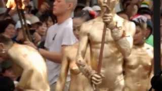 Repeat youtube video 2014/10  大駱駝艦、金粉ショウ  大須大道町人祭