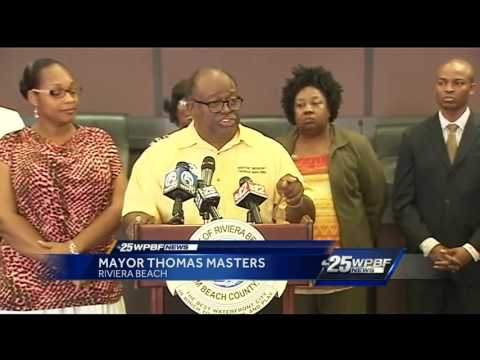 Riviera Beach leaders demand changes to apartment building