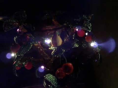 Cмотреть видео онлайн Наша елка из  дерева.wmv
