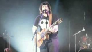 Bobette Bob de Pépé et sa guitare