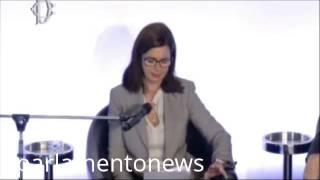 31 3 2014 BOLDRINI NON SI PUO' OFFRIRE SERVIZIO DI LUSSO AI TURISTI E TRATTARE MALE MIGRANTI