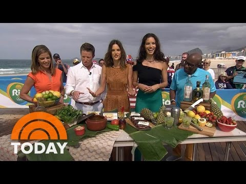 Supermodels Adriana Lima, Alessandra Ambrosio Share Top Brazilian Cuisine | TODAY
