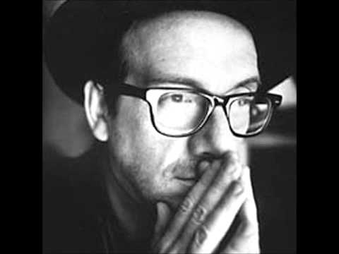 Elvis Costello - I'll never fall in love again