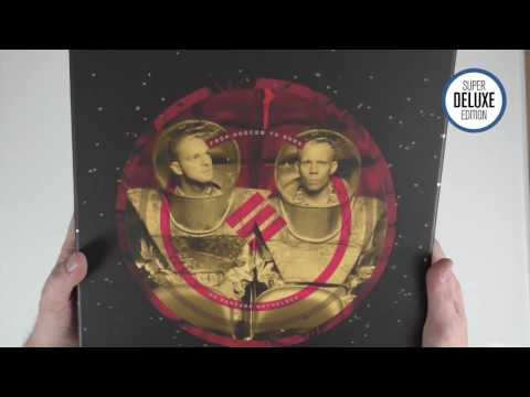 Erasure / From Moscow to Mars unboxing video Mp3