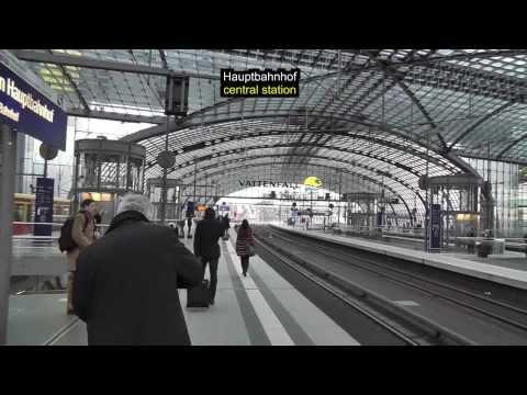 Berlin: S-Bahnfahrt vom Hauptbahnhof zum Alexanderplatz Tram ride from Central Station to Alex