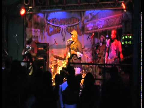 Download Living Colour - Love Rears Its Ugly Head (live)