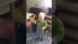 Смотреть всем!!! Мальчик невероятно танцует!