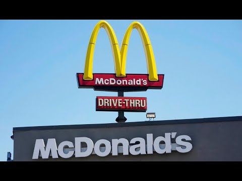 Melbourne resident fined for travel to NSW border to 'buy a Big Mac' from YouTube · Duration:  4 minutes 44 seconds