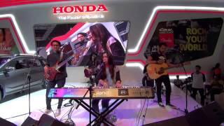 IIMS 2015, Isyana Sarasvati - Tetap Dalam Jiwa, Honda , Live Performance