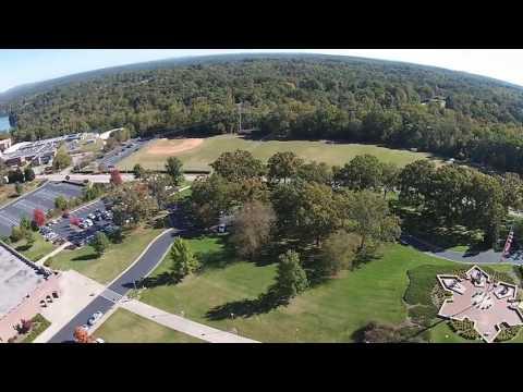 Recorrido aéreo por el campus de Riverside Military Academy