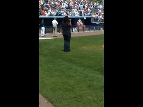 Najla Bray sings the National Anthem at Rays/Yanke...