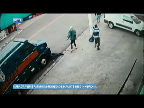 Bandidos roubam malote