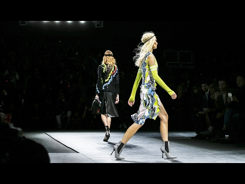 Versace | Fall Winter 2016/2017 Full Fashion Show | Exclusive